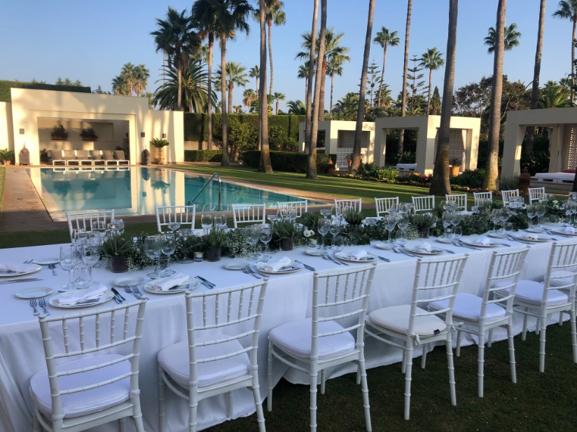 Mesa de boda íntima en Sotogrande